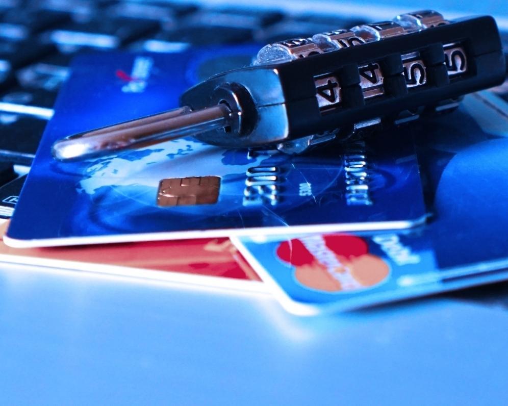 Jak si ohlídat platební kartu